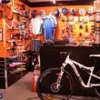 Óbuda, III. kerület kerékpár üzlet és szerviz - Pult - Bartus és fiai Slalom Sport