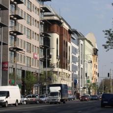 dm - West End Business Center
